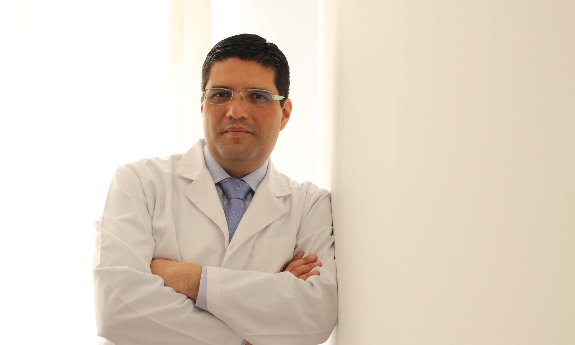 Dr. Guihovany García